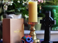 Bougies et savons en cire d'abeille naturelle - Beeswax candles and soaps