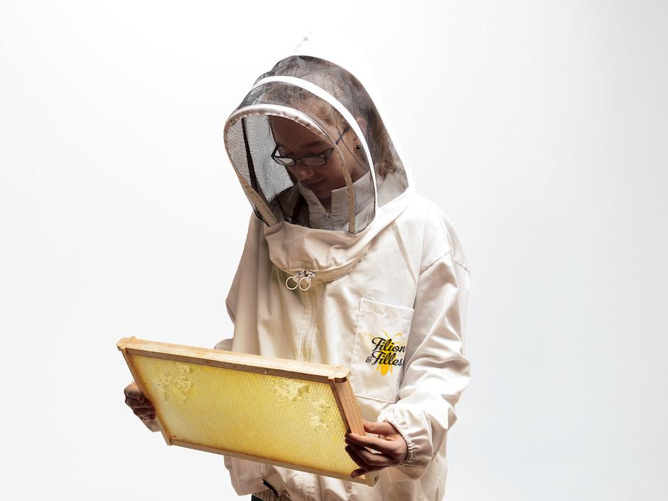Marie-Laure et Chloé Filion - Filion et Filles - Les abeilles du Trait-Carré