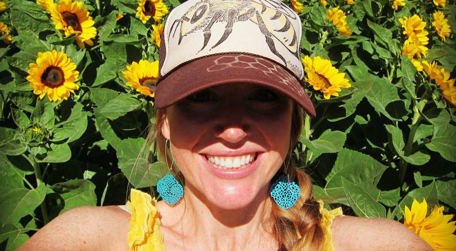 Interview de Sarah Red-Laird - Bee Girl