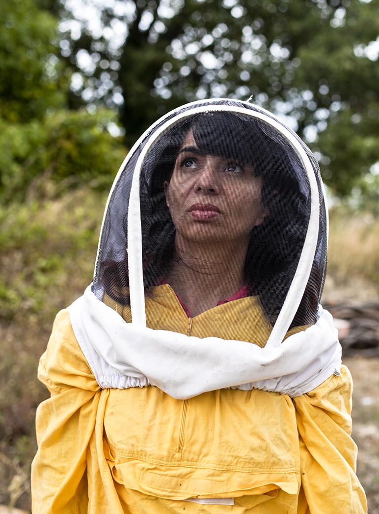 Renée Ricciardi, bees in italy, sicily