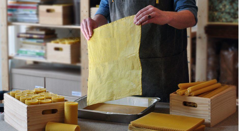 wrap en cire d 39 abeille une alternative aux emballages en plastique. Black Bedroom Furniture Sets. Home Design Ideas